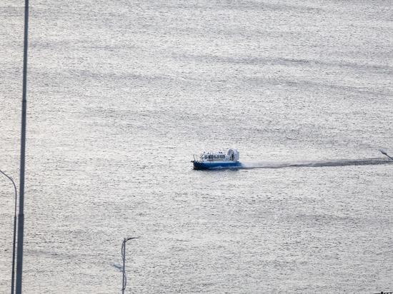 На Волге в Астраханской области мужчина выпал из лодки и утонул