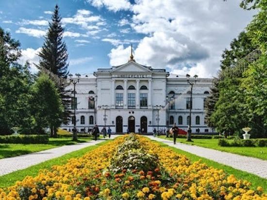 На сколько выросли цены в вузах Томска из топ-10 в новом учебном году