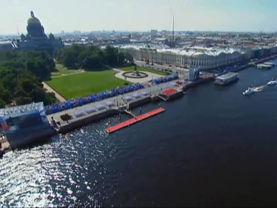 По Неве в парадном строю пройдут десятки боевых кораблей