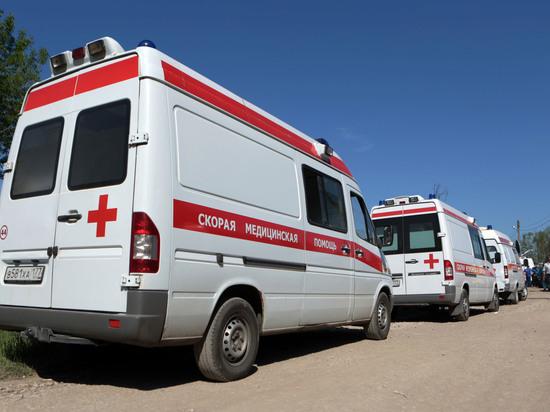 В Ленобласти три человека погибли при лобовом столкновении автомобилей