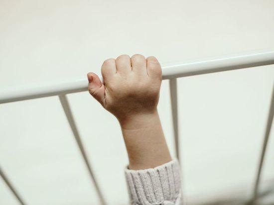 Санавиации удалось спасти годовалую девочку, отравившуюся наркотиками в Ленобласти