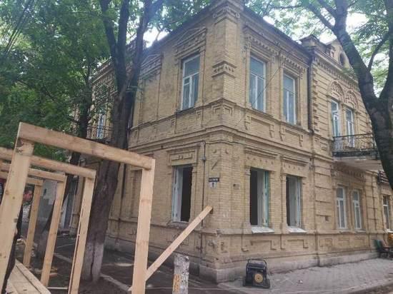 В курортном Пятигорске на Кавминводах власти успели предотвратить снос старинного здания, построенного в 1903 году