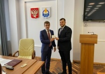 Претенденты в Госдуму от Бурятии получили удостоверения кандидатов