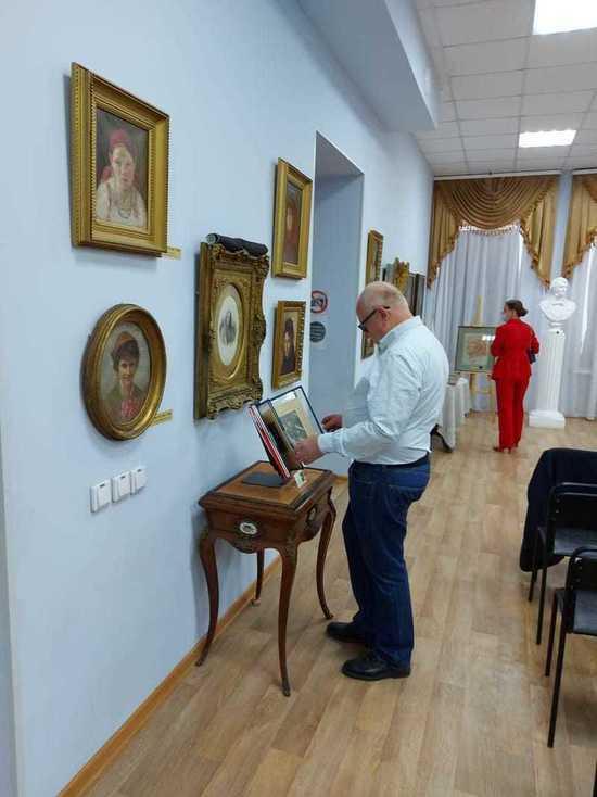 В Арзамасе впервые открылась выставка картин художников-передвижников