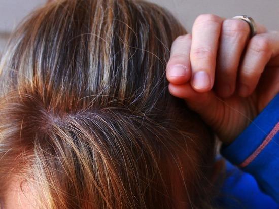 Седые волосы способны восстановить прежний цвет