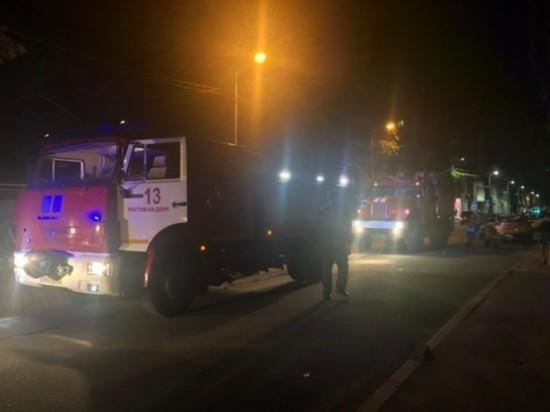 Из горящего в Ростове-на-Дону дома эвакуировано 18 человек