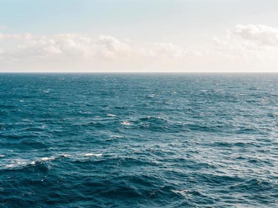 На пляже в Невельске нашли тело подростка