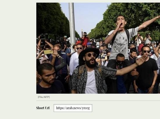 В столицу Туниса введены войска, границы и аэропорты закрыты