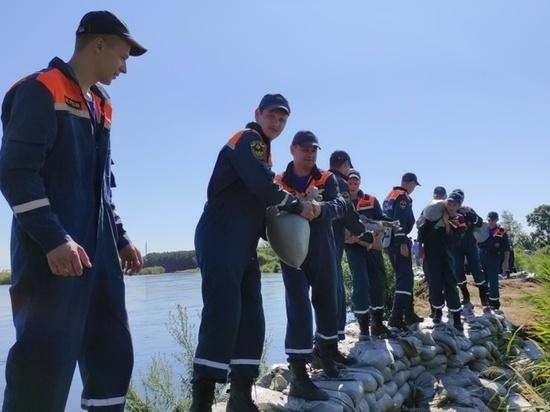Разлившаяся река Томь в Белогорске подтопила порядка 180 дачных участков