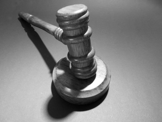 Жительница Карелии осталась без горячей воды и обратилась в суд