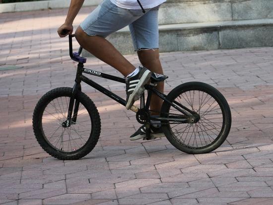 В Йошкар-Оле «Лада Гранта» сбила 16-летнего велосипедиста