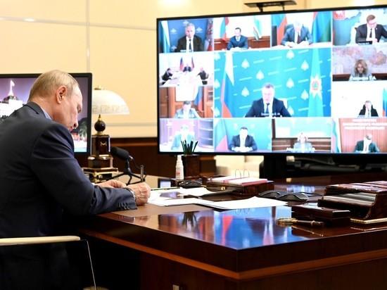Дмитрий Песков заявил журналистам, что, поскольку ситуация с коронавирусом остаётся сложной, в отношении главы государства продолжают соблюдаться повышенные меры безопасности