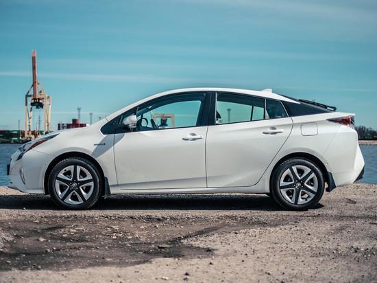 Люди выбирают Toyota Prius «раз и навсегда» чаще других автомобилей