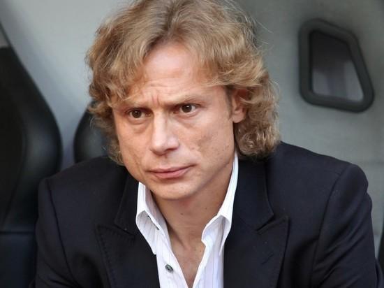Карпин подписал контракт главного тренера сборной России