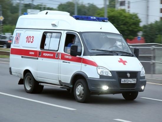 В Челябинске пациентка выпала из кареты скорой на полном ходу