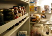 Российский врач-терапевт и диетолог Ольга Лушникова в интервью «Москва 24» рассказала об опасности употребления вчерашних продуктов и о том, как правильно хранить еду в отсутствие возможности готовить ежедневно