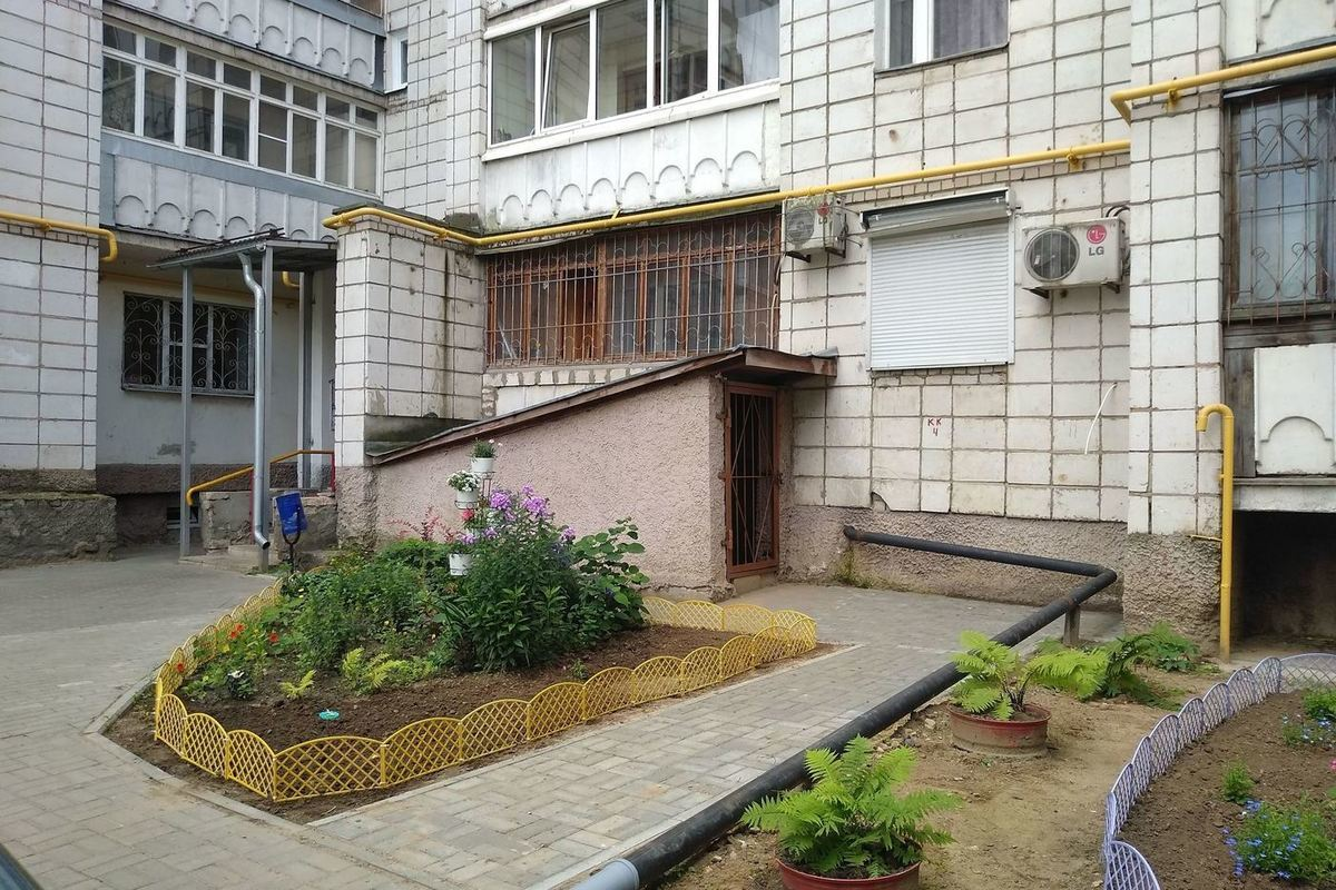 В областной столице стартовал конкурс «Костромские дворики»