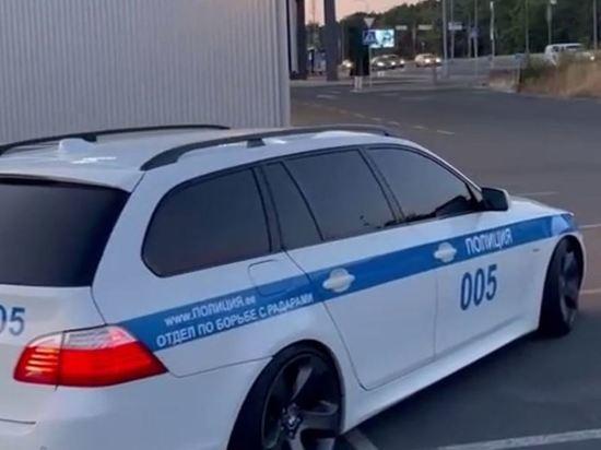 Эстонскую девушку задержали за раскраску автомобиля под ДПС России