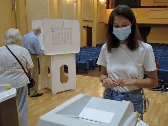 Коммунисты увидели противоречие в требовании обязательной вакцинации членов избиркомов