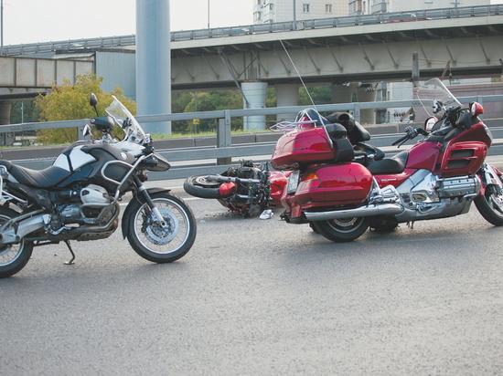 В столице снова обострение борьбы жителей с мотоциклистами: в профильные городские ведомства поступают жалобы на шум по ночам от двигателей и музыки