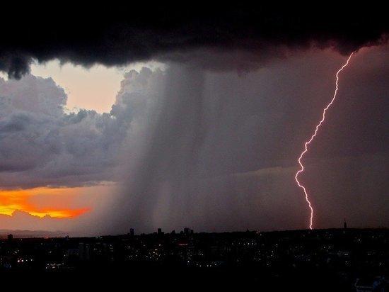В Гидрометцентре рассказали об опасной погоде в нескольких регионах России