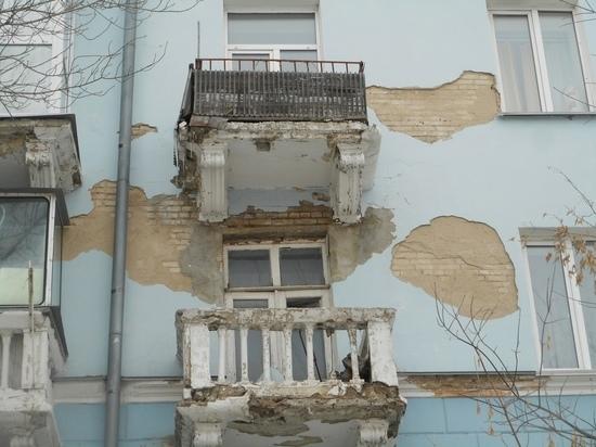 Сталинский ампир съела безнадега: исторические здания в Барнауле ветшают без должного ухода