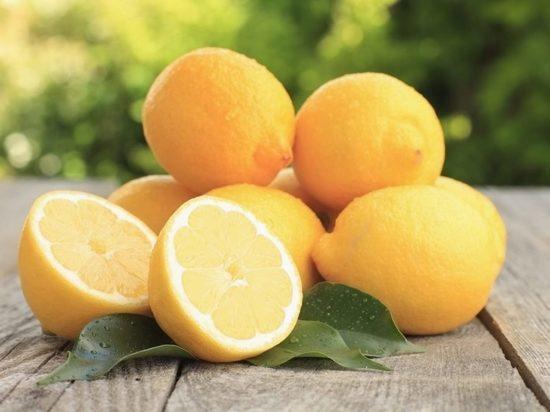 Росстат: лимоны в 2021 году стали самым подешевевшим продуктом