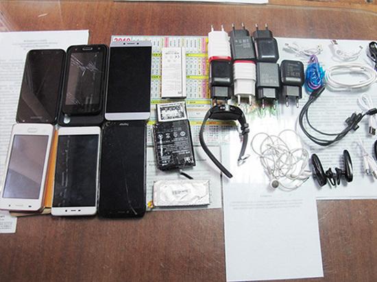 18 брянцев оштрафовали за попытку передачи запрещенных предметов заключенным