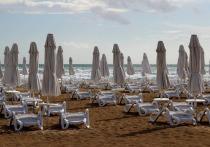 Российские туристы назвали привычку соотечественников на пляжах, которая вызывает у них раздражение