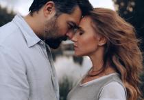 По словам знаменитости, они с супругом стараются решать конфликты мирным путем