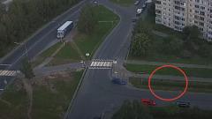 Водитель в  Петрозаводске жестоко избил девушку, попавшую ему под колеса
