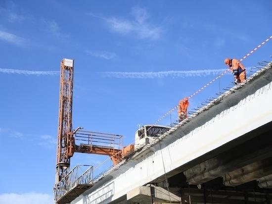 В Астрахани осенью завершат возведение моста через ерик Белый Ильмень