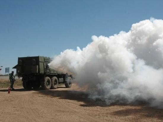 Под Волгоградом военные на учениях выпустили дым для укрытия войска