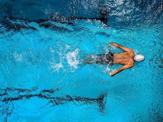 Российские пловцы выиграли серебро Олимпиады в эстафете