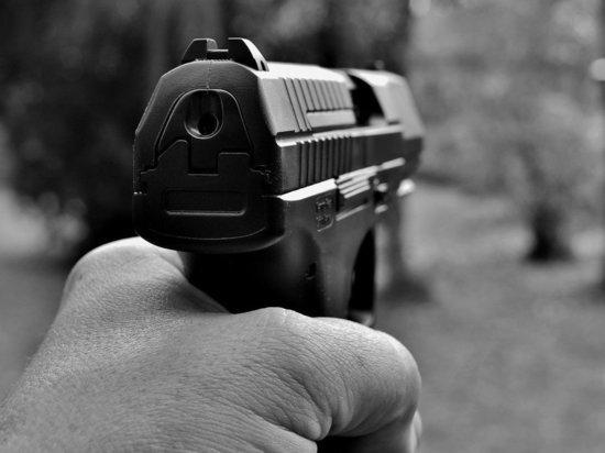 Полицейские задержали мужчину, который обстрелял окна жилого дома в Воскресенске