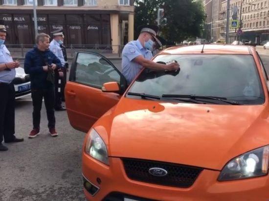 За неделю в Петербурге поймали 350 «авто-призраков»