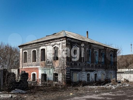 В Бийске за бесценок продают здание дореволюционных лет