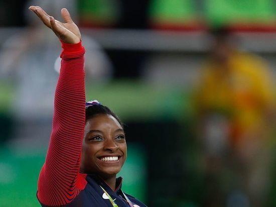 Психологические проблемы заставили гимнастку Байлс отказаться от выступления в многоборье