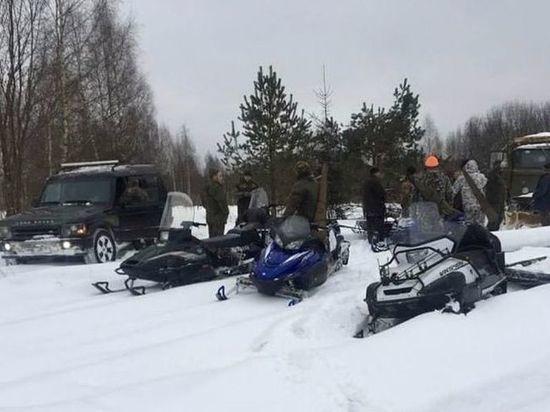Тверских охотников, догонявших лосиху на снегоходах, освободили из-под домашнего ареста