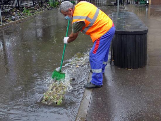 В ближайшие годы в большинстве регионов России должны значительно вырасти тарифы на канализацию