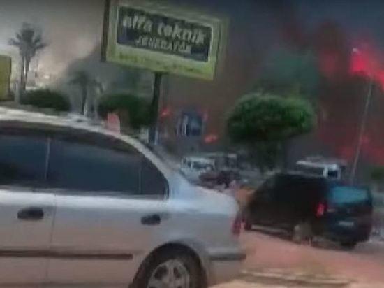 Город в Анталье собрались объявить зоной бедствия из-за пожара