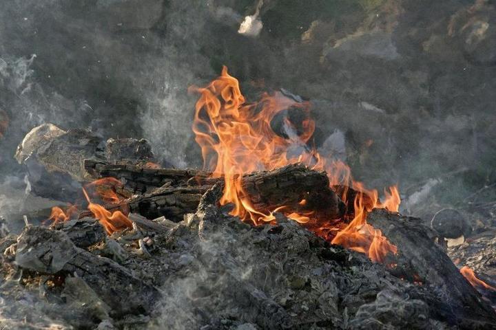 Костромские трагедии: в Макарьеве двое мужчин погибли на пожаре  сегодня ночью