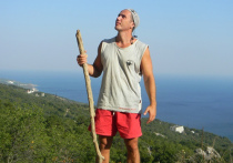 Украинский спортсмен Максим Шихалиев (Тамир Шейх), основатель спортивного движения Street Workout (уличная тренировка), который переехал из Киева в Байдарскую долину под Севастополь, продолжает удивляться несоответствию реальности и украинской пропаганде