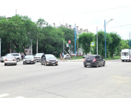 Пять перекрестков амурской столицы расширят