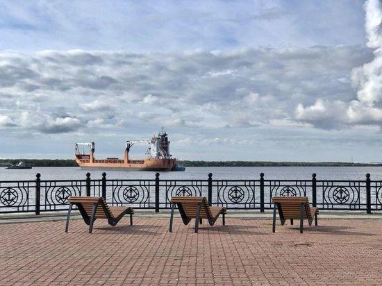 Запрет на автодвижение с последнего дня июля будет введен для верхней ее части между Гостиными дворами и Садовой. Следить за эффективностью такой меры в горадмине будут до конца октября.