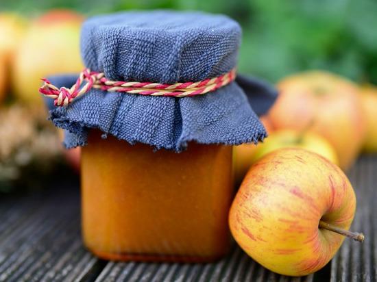 Перечислены простые способы приготовления блюд из популярных плодов