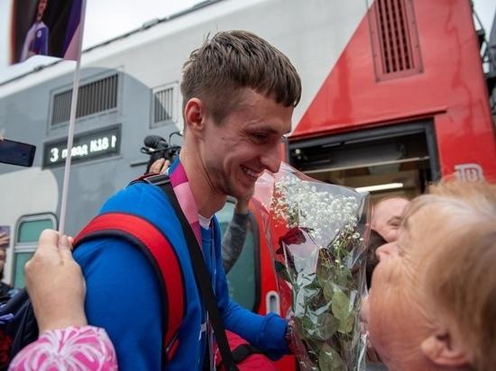 Олимпийский чемпион Владислав Ларин вернулся в Петрозаводск
