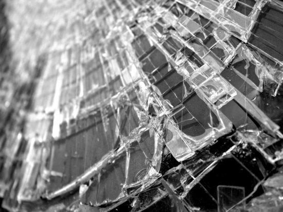 В Пензенской области из опрокинувшегося автомобиля госпитализировали двух человек
