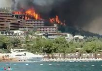Курорты Турции, куда устремились российские туристы, оказались в огненной осаде