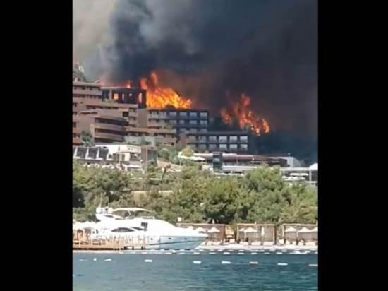 """Сотрудница эвакуированного в Бодруме отеля """"Титаник"""" рассказала о грозившей опасности"""